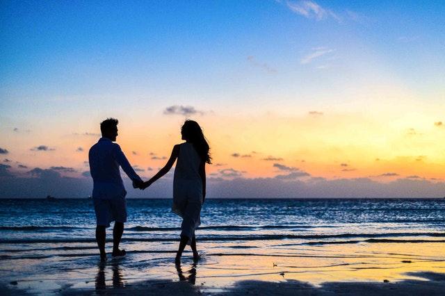 ¿Cómo atraer el amor durante el verano?